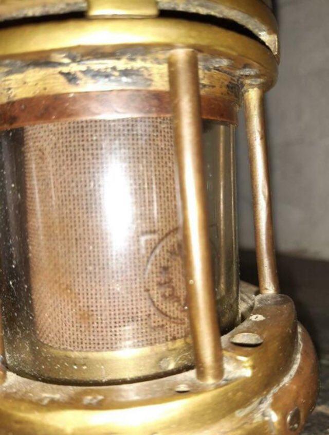 lampes de mineurs,  divers objets de mine, outils de mineur et documents  - Page 12 Xxx10