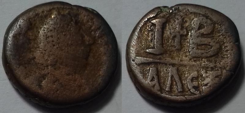 12 Nummi 527-565 AD, Alexandria 20180334