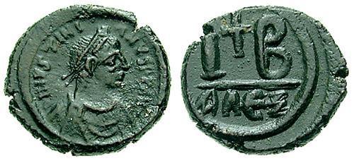 12 Nummi 527-565 AD, Alexandria Sb024710