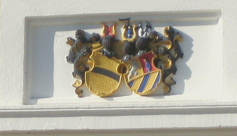 Sceau (en ivoire )  Sceau en ivoire des familles Von Lotberg et Von Lotzbeck Wappen11