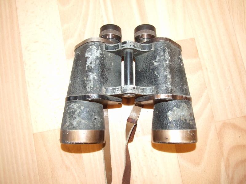 Jumelles 10x50 Wehrmacht. Dscf7710