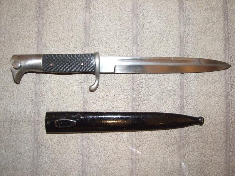 Couteau de combat/ fausse baionnette allemande 14/18. Dscf8019