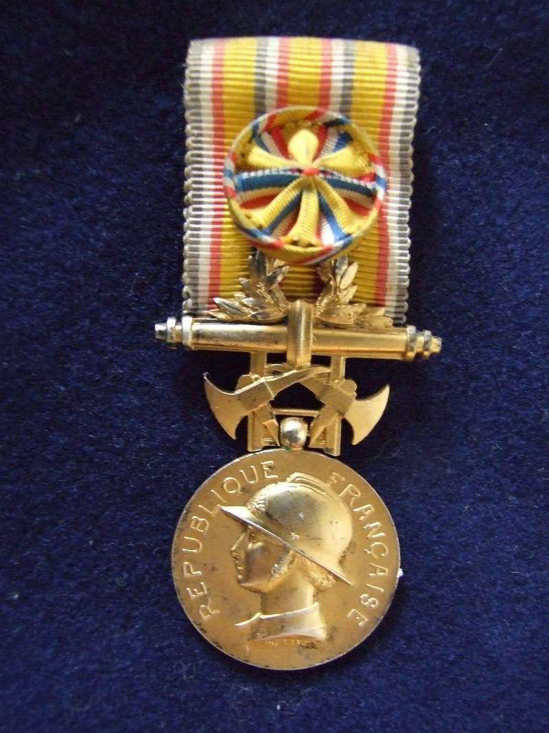 Médaille d'honneur des Sapeurs Pompiers. Dscf8419