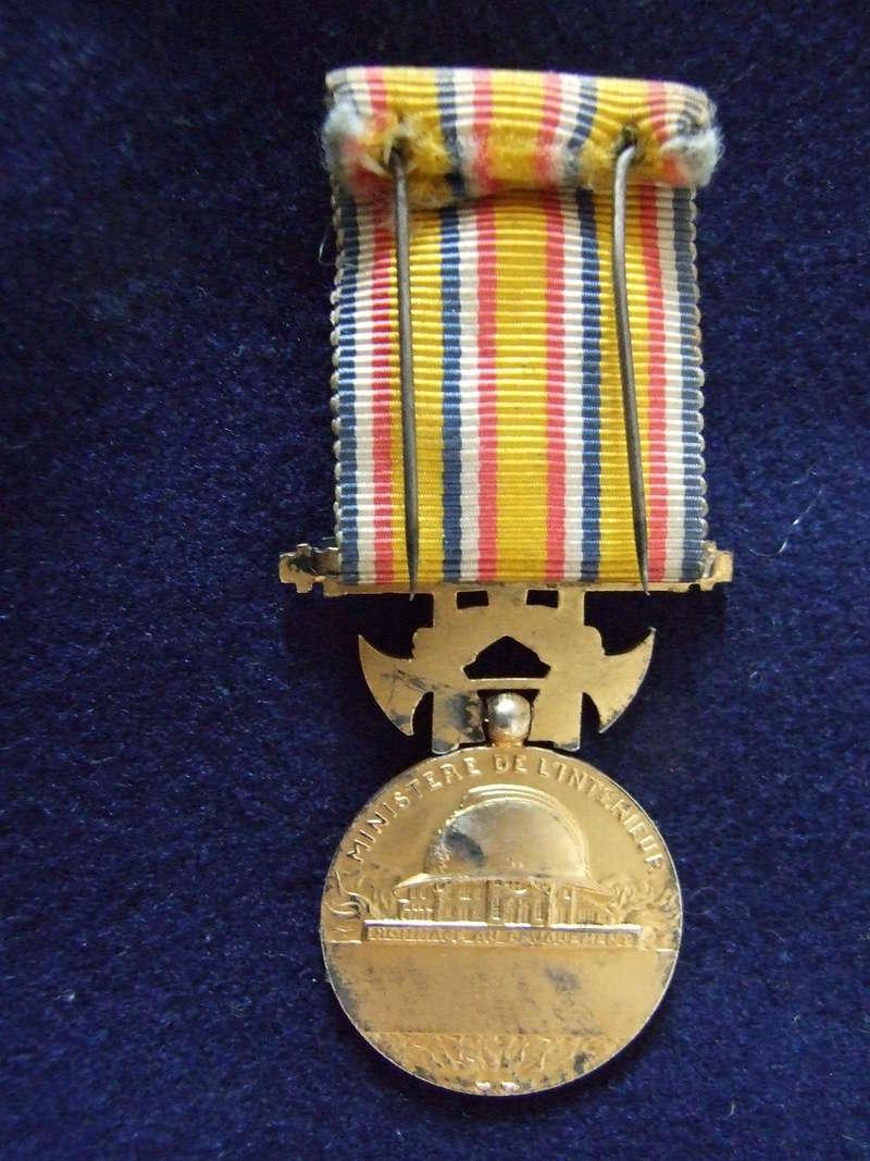 Médaille d'honneur des Sapeurs Pompiers. Dscf8420