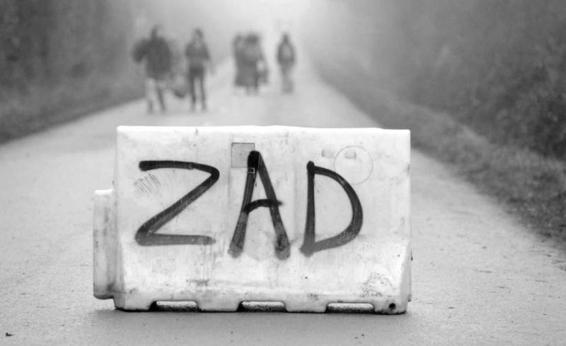 Les zads ou lieux de vie alternative !! Zad-9811