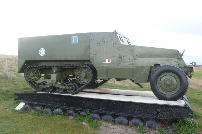 Ancien camion de l'armée US 00210
