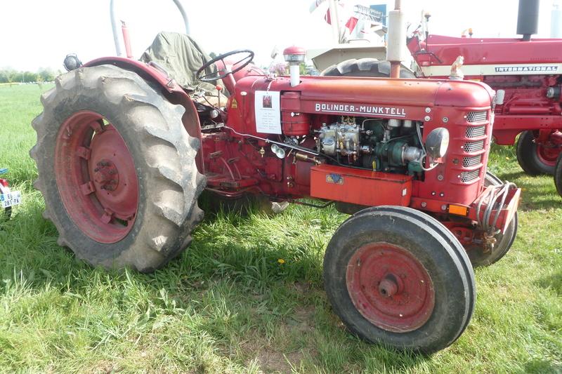 Tracteurs agricoles divers  - Page 2 Tracte12