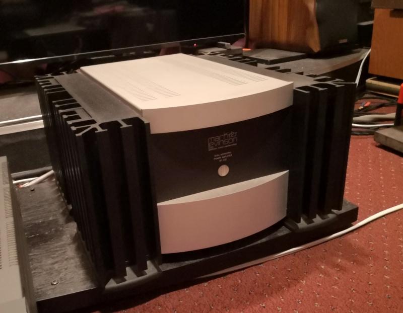 Mark Levinson Pre 38S & Power No.332 Amp Combination Mark_l13