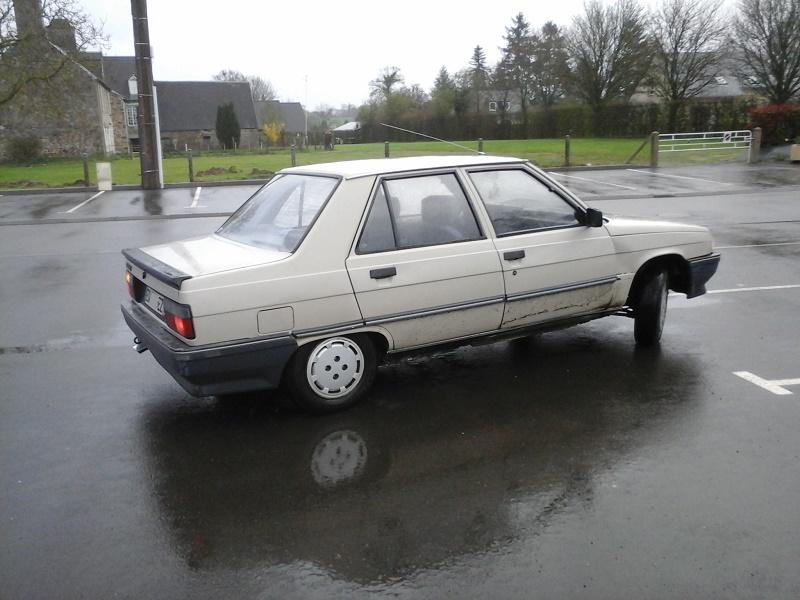 Renault 9 TL de 1987 - Page 9 412