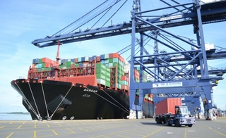 شركة APM Terminals لتدبير الأرصفة البحرية و الحاويات توظيف 11 تقني بميناء طنجة المتوسط Apm_te10