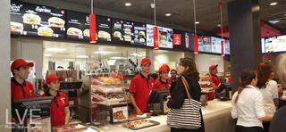 مطعم وجبات السريعة بالدارالبيضاء توظيف 52 عون متعدد خدمات المطعمة  Burger10