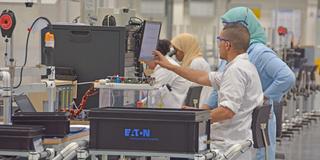 شركة Eaton الصناعية توظيف 10 عمال انتاج و 04 تقنيين بالاقليم برشيد Eaton_10