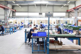 شركة في مجال صناعة أنظمة فلترة المحرك توظيف 50 عامل مؤهل و 03 عمال سائقي رافعة البضائع بطنجة  Filter10