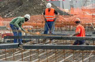 شركة في مجال الاشغال و الهندسة المدنية توظيف 20 عامل بورزازات و مدن اخرى Ouvrie10