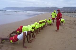 الوقاية المدنية السعيدية - بركان : توظيف 65 معلم سباحة منقذ Nageur sauveteur Protec13