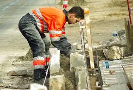 شركة بناء توظيف 04 عمال دو تجربة بدون دبلوم براتب 4000 درهم شهريا Recrut27