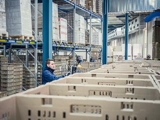 شركة بفاس : توظيف 10 مناصب مستخدم Manutentionnaire بعقد تشغيل دائم  Recrut36