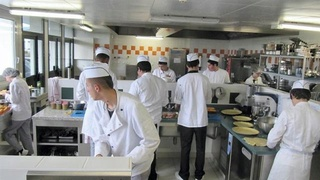 شركة متعددة الخدمات توظيف 87 منصب عون خدمات المطعمة بطنجة Sodexo10
