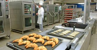 مطعم و مقهى و مخبزة STE PROHANAN : توظيف 16 منصب طباخين و نوادل و باعة و خباز حلويات و مساعدين بتطوان  Ste_pr10