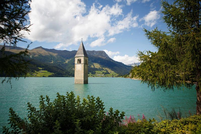Озеро в Италии Iaezze10