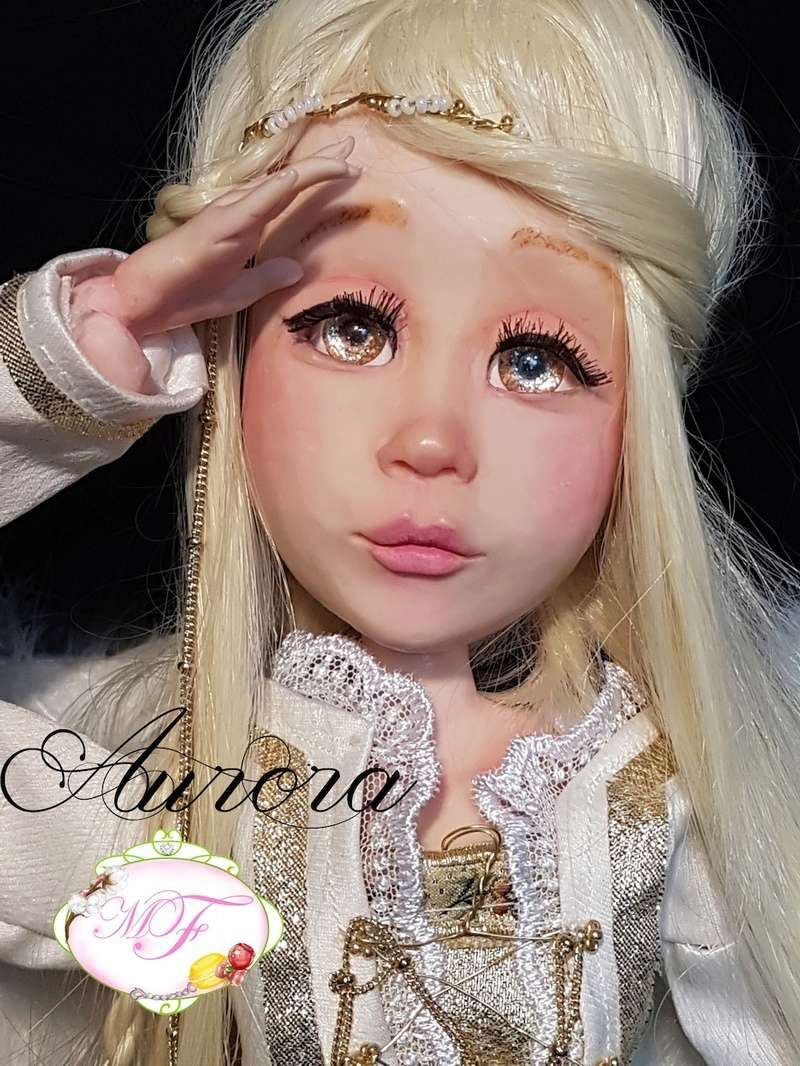 VENTE poupées d'artiste, BJD en polymère faits main -Flora  Aurora10