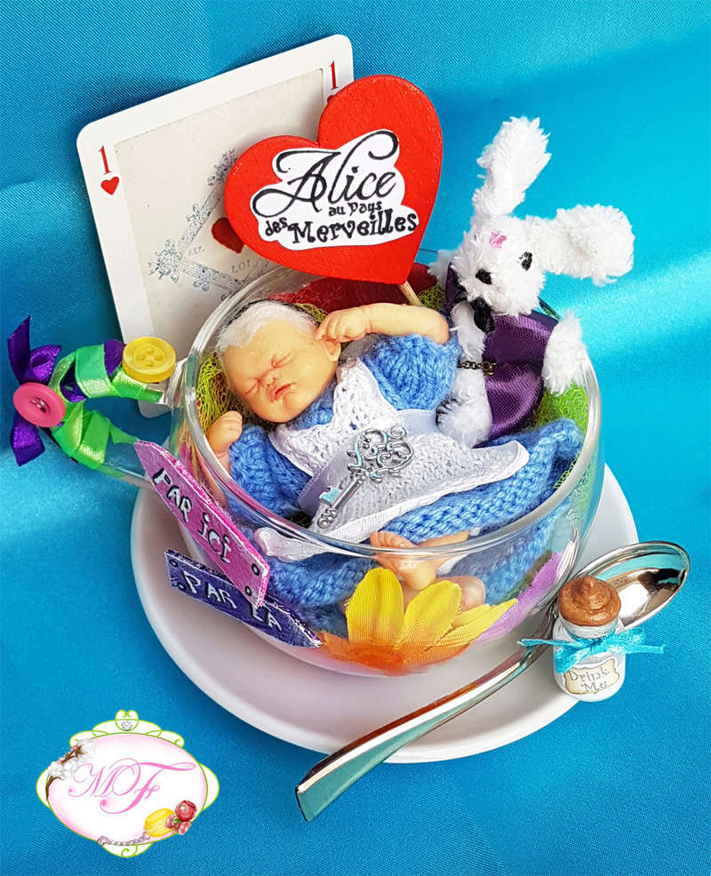 VENTE poupées d'artiste, BJD en polymère faits main -Flora  Mini_b10