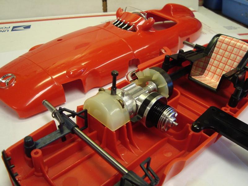 1961 cox mercedes benz racer - Page 2 Dsc01611