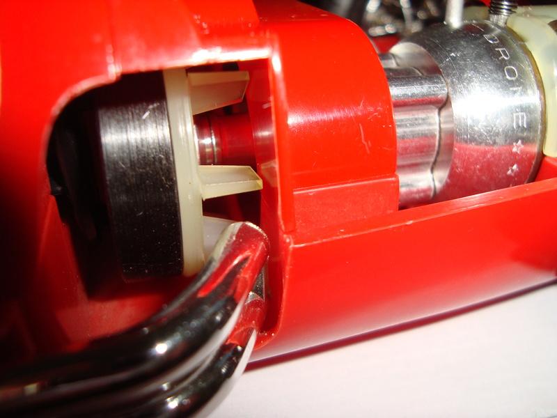 1961 cox mercedes benz racer - Page 2 Dsc01615