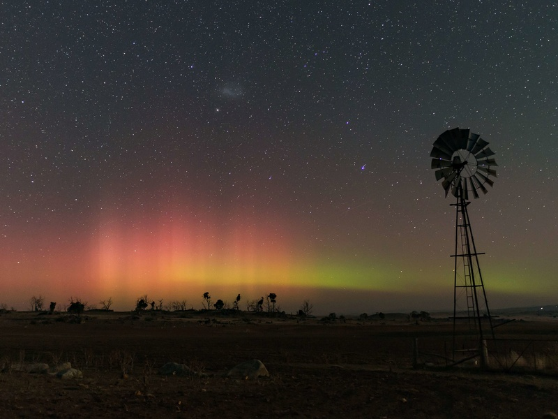 Off-topic - photos of the Aurora Australis from the Snowy Mountains _617au10