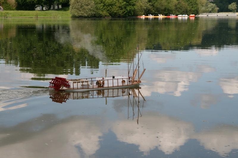 Construction d'un bateau à roue à aubes : le Mississippi 1870 Gazoul10