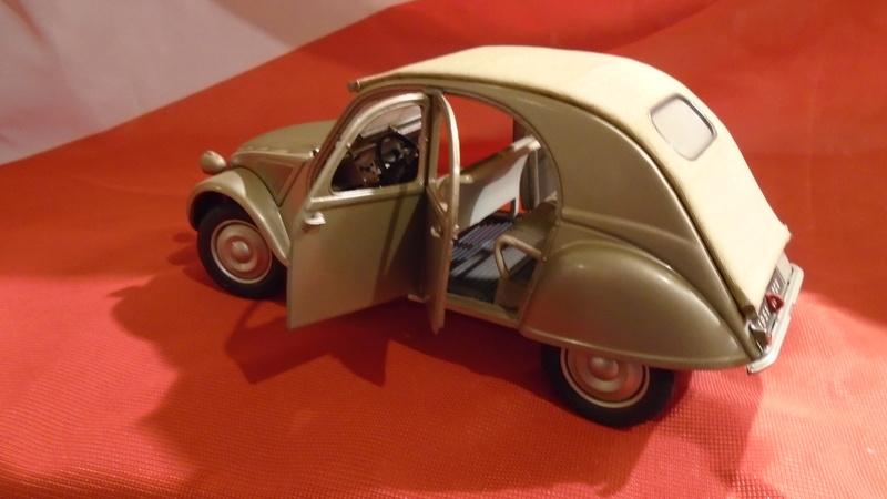 2CV 1951 au 1/24 de Franklin Mint Dsc00414