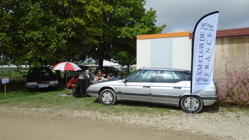 Rétro-Puces Auto Moto à Châlons-en-Champagne Dsc00666