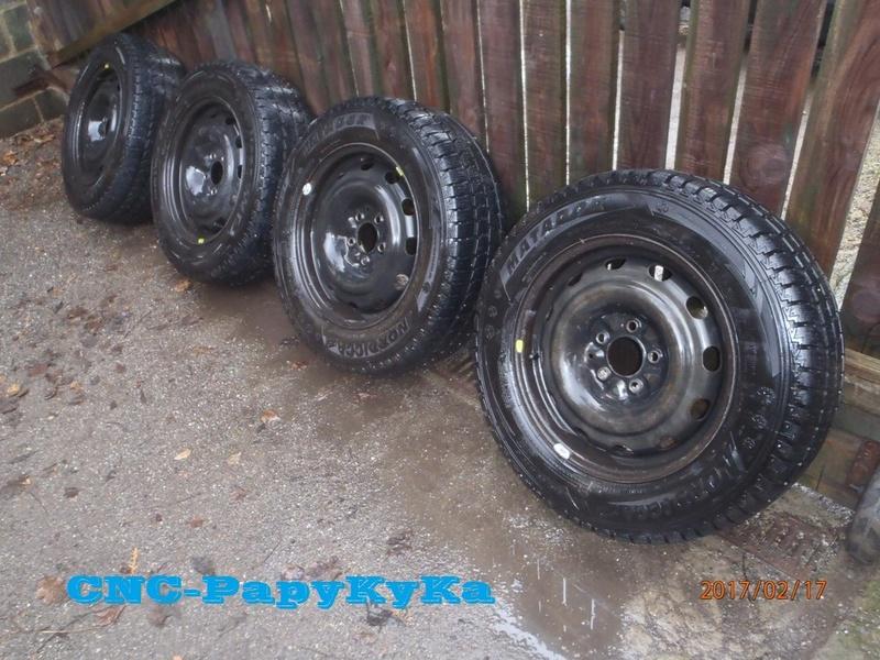 [V6 - 3.3 - 2004] - Les pneus - Avez vous essayé ceux la. Nokian SUV Line? P2170010