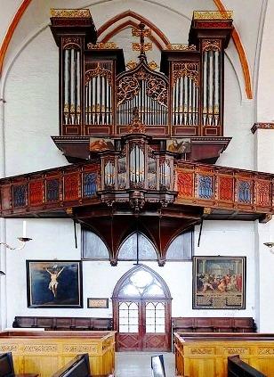 Dietrich Buxtehude (1637 - 1707) - Oeuvres pour orgue - Page 2 Lybeck10