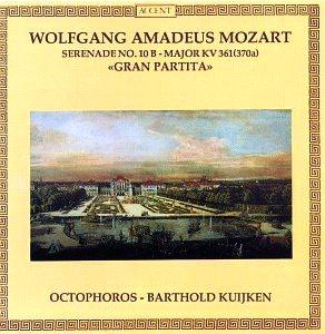 Mozart : sérénades et divertimenti - Page 2 Mozart32
