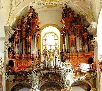 Bach - Oeuvres pour orgue - Page 8 Olomou10