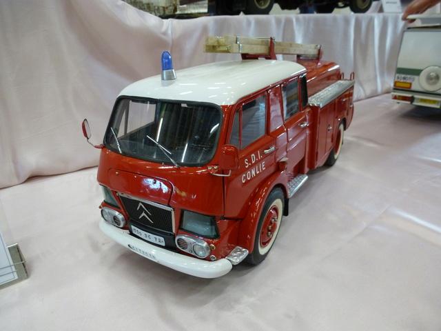 "Superbes véhicules du cirque ""Pinder"" P1100910"