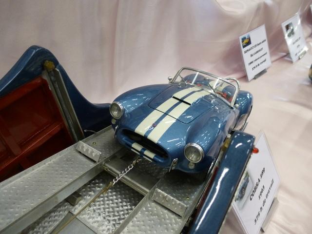 "Superbes véhicules du cirque ""Pinder"" P1100913"
