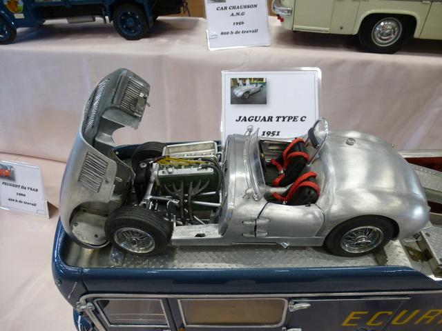 "Superbes véhicules du cirque ""Pinder"" P1100914"
