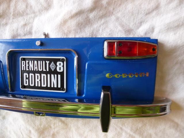 """Suite du montage de ma  """"Gordini au 1/8ème"""" P1110613"""