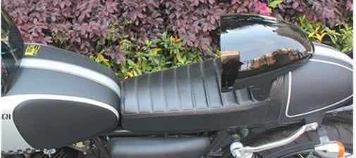 VT500E -> Cafe Racer Selle10
