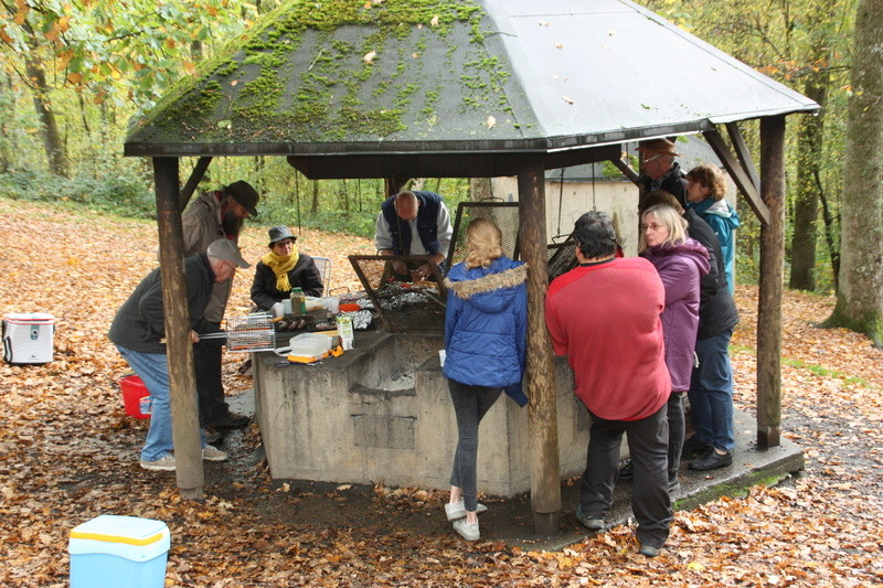 Le 22 octobre 2017, barbecue sans chasseurs. - Page 2 Img_7942