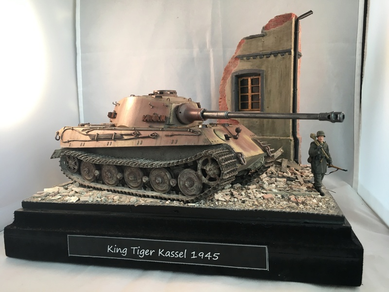 King Tiger Kassel 1945 [Meng/MiniArt/Dragon 1/35] Img_2210