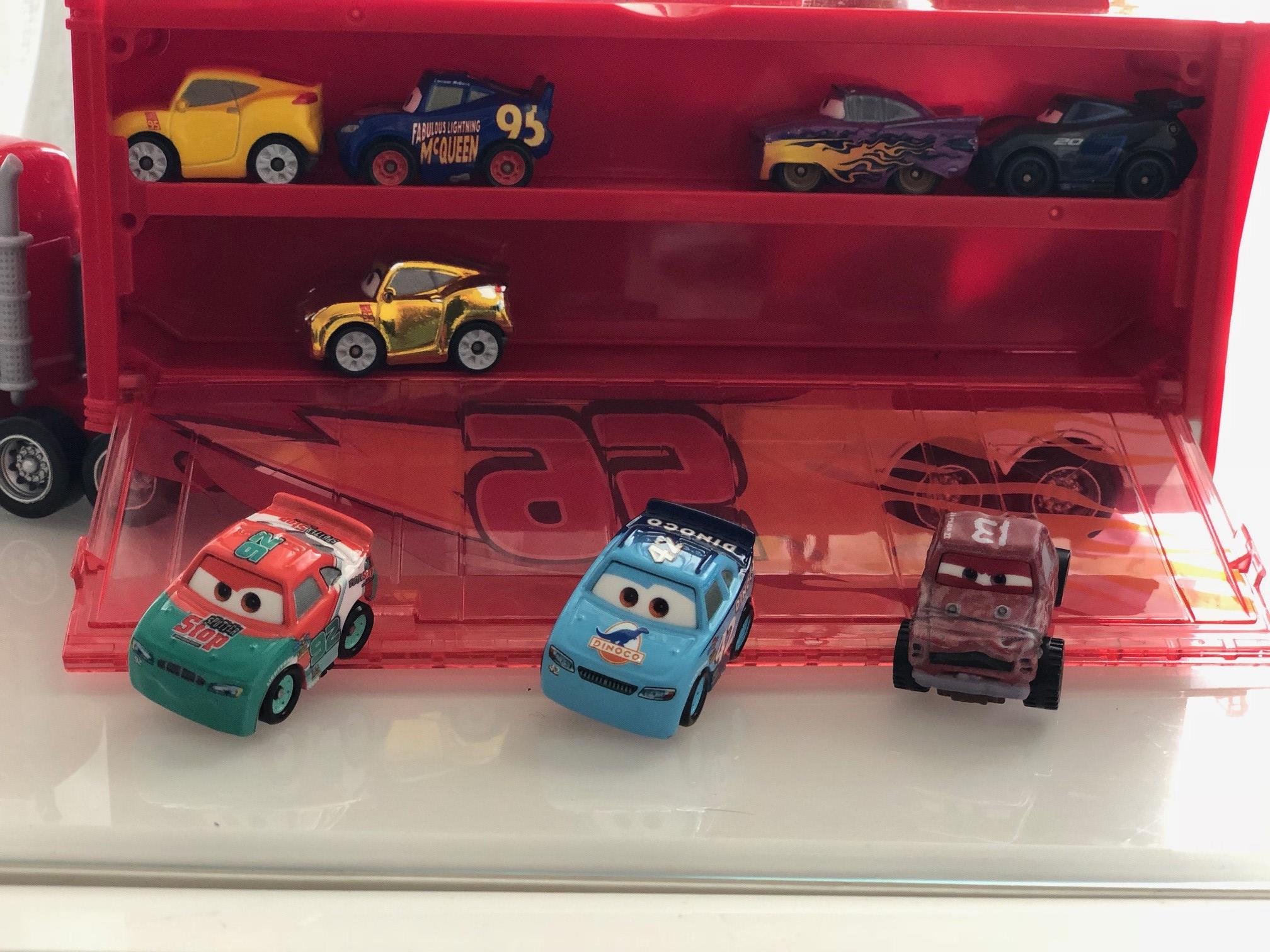"""Mini Racers Diecast : """" Le côté Miniature de la Force """" - Page 8 Img_9512"""