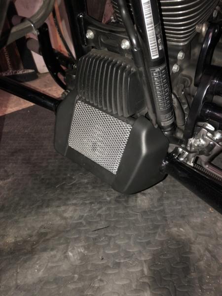 Tuto, grille radiateur d'huile M8 - Page 4 F7ab0510