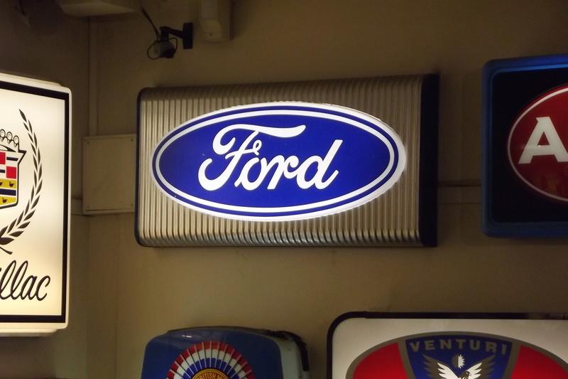 ford  au manoir de l'automobile de LOHEAC Dscf2914