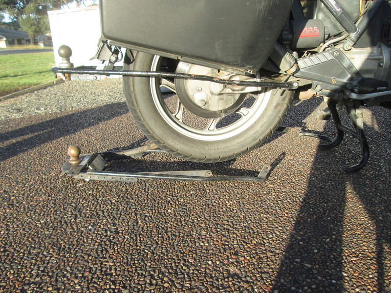 K1100RS tow hitch 02110