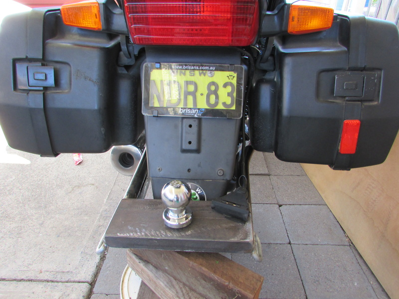 K1100RS tow hitch Img_0520