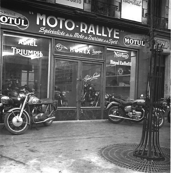 Les (très) vieux motards on été (très) jeunes, les vieux Batbath aussi... Norton10