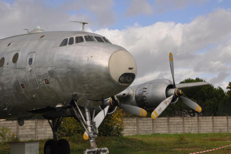Photos des réserves du Musée du Bourget Dsc_3124